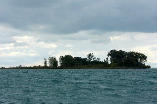 "Gull Island, site of legendary Lake St. Clair ""Jobby Nooner"" event at mouth of South Channel Cutoff, BYC N. Channel Race deedsphoto"