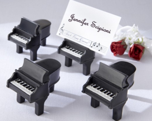 Grand piano favors