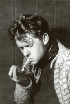 The Dark Horse of Poetry Dylan Thomas