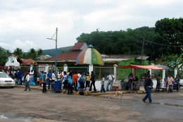 This is Santa Elena, outside the internet place! ... On market day