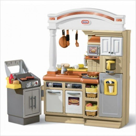 little tikes play kitchen christmas present for young kids