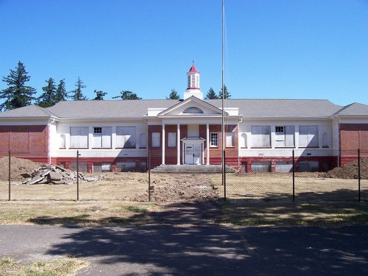 Childrens Farm Home School near Corvallis, Oregon. Author: 46percent. Source:  Wikimedia Commons under Creative Commons Attribution/ Share-Alike License.