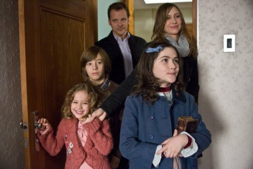 The principle cast of Orphan, pictured in a movie still. (From left to right: Aryana Engineer, Jimmy Benett, Peter Sarsgaard,  Isabelle Fuhrman and Vera Farmiga.