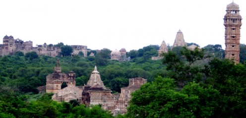 View of Chittorgarh's skyline. Rana Kumbha's dilapidated palace on the left and the 'Jayastambha' on the right.
