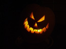 Jack O Lantern glowing in the dark