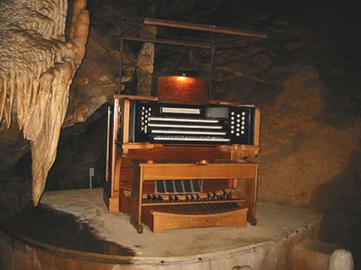 Console with four mauals