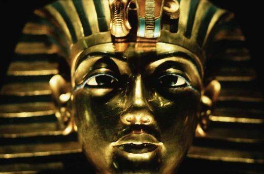 Golden mask of Tutankhamon. Photo by Steve Evans courtesy of Wikimedia Commons