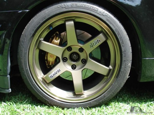 One of the lightest aftermarket forged wheels available.  The Volk TE-37 is popular for a reason.