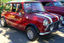 1963 Austin Mini Cooper S. 1275 cc bored to 1308. 123 bhp (claimed) by Writegeist