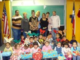 http://media.photobucket.com/image/christmas%20children%20gifts/phsjrotc_photos/Picture177.jpg?o=3