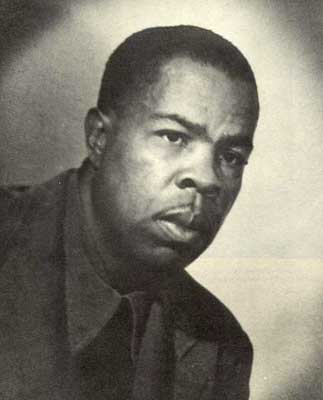 FRANK MARSHALL DAVIS SHAPED OBAMA'S WORLDVIEW EARLY IN HAWAII