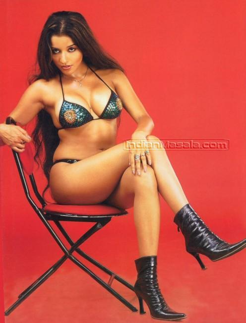 Hot Antara Biswas aka Monalisa Sexy Pics - Extreme Masala Photos Image 2
