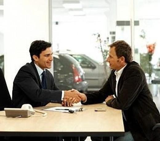 membangun relasi bisnis