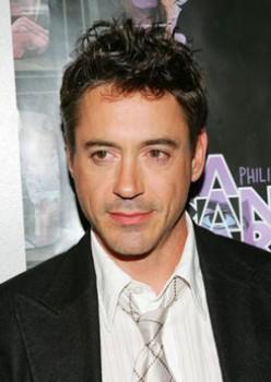 Hot!  Robert Downey Jr - Life, Music & Video