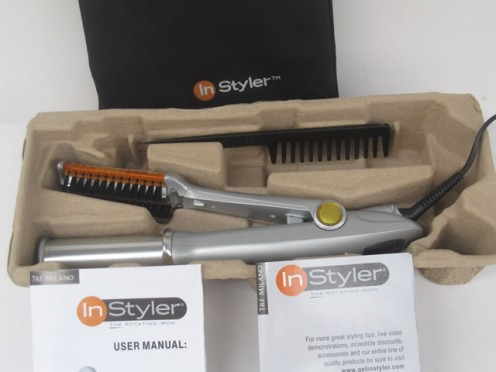 The Instyler comes with a bag and a comb .