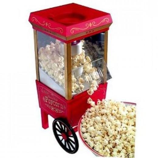 Old fashioned popcorn maker