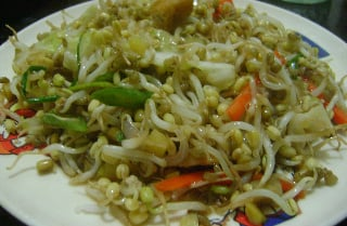 Togue or Mung Bean Sprouts