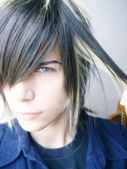 Emo hairstyle with some streaks