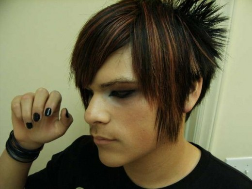 When you are looking for emo hairstyles, it should be something that fits in with your style. You should not try to copy anyone, because this will only make