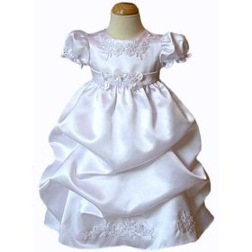 Beautiful baby christening gowns are available online