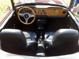 Triumph TR6 interior by LSDSL on Wikimedia Commons. CC-A-SA-3