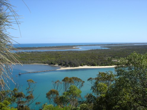 The beautiful waters of the lakes around Lakes Entrance.