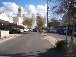 Langtree Ave a major street in Mildura