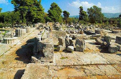 Temple of Zeus in ruins