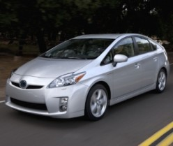 The 2010 Toyota Prius Concept. Picture from www.reviewcars.com