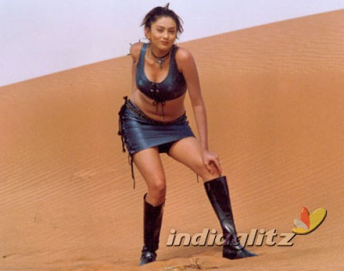 Namitha Shows Her Navel and Big boobs wearing a Shorts pic Gallery Image 9