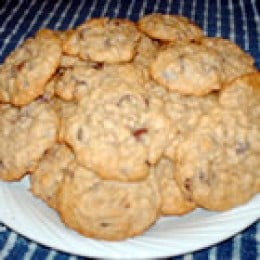 Chocolate Chip Oatmeal Cookies (from allrecipes.com)