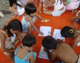 CDRC helps children of flood victims in makeshift schools and evacuation centers.