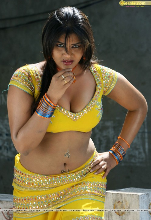 Bold Hot Telugu Film Item Girl Priya Sexy Cleavages Gallery Image 14