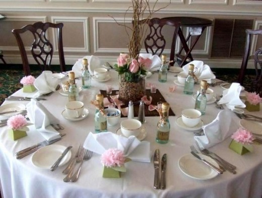 Simple bridal shower table decorations photograph central Bridal shower table decorations