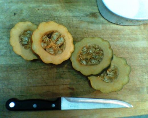 Slice those acorn squash!!