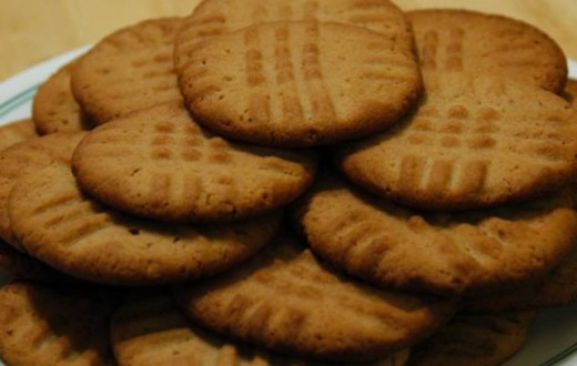 Here are the easiest peanut butter cookies you will ever make and are oh so delicious.
