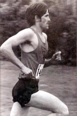 Finishing a 10K race at the age of 30 in 1981.