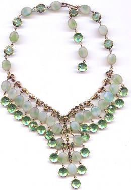 #5: Sparkly Green Necklace