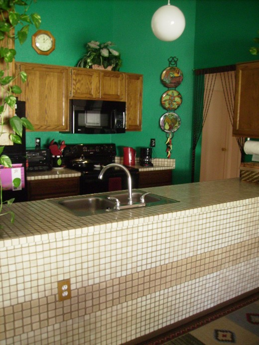 Kitchen after redecorating.