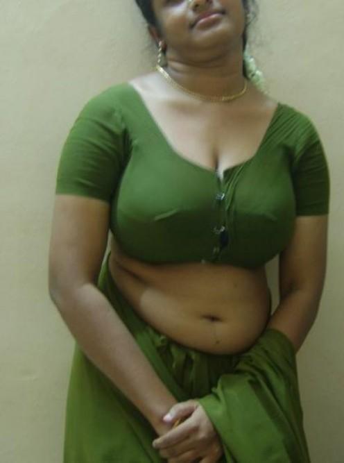 My Aunty Hot
