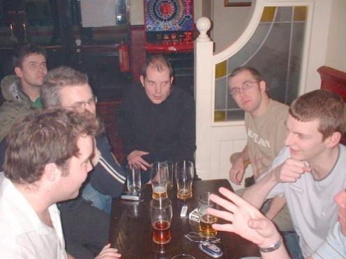 blokes in pub discussing Descartes