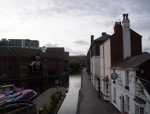 From the Worcester Bar, with long-established canalside pubs for thirsty boatpeople