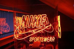 swot analysis of Nike with other companies