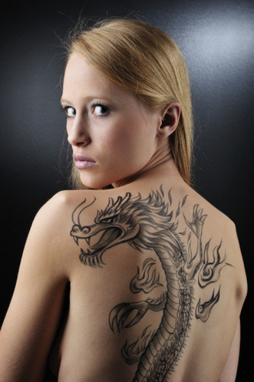 Sexy Model Tattoos And Dragon