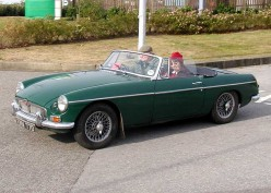 Classic MG: The MGB, MGB GT and MGB GT V8