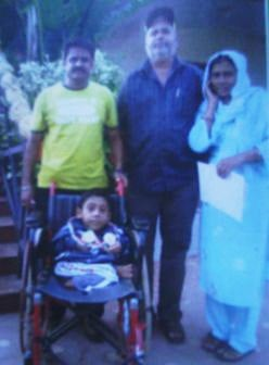 Moin Mustaque Junned with coach, Mr.Umesh, his dad Mr.Mustaque and mum Mrs.Kausar