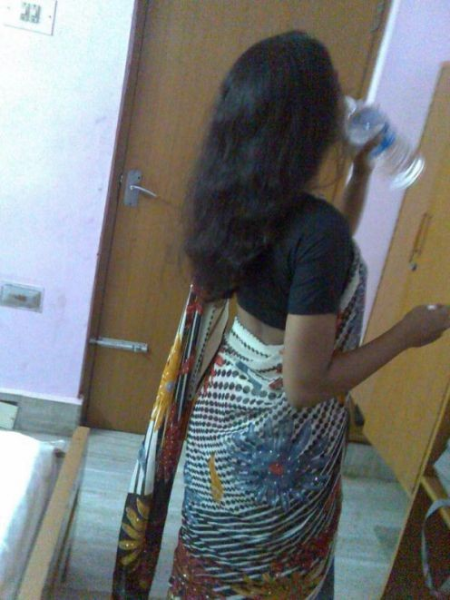 hottest indian aunty ever in nighty and blouse  pics