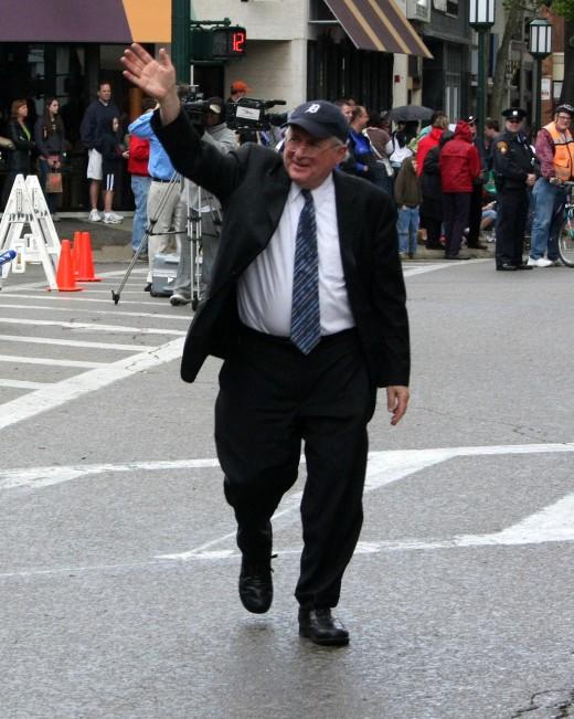 U.S. Senator Carl Levin, Birmingham, Michigan Parade 2008   deedsphoto