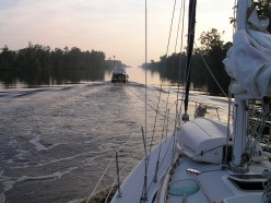 How to Free Your Boat from Underwater Hazards