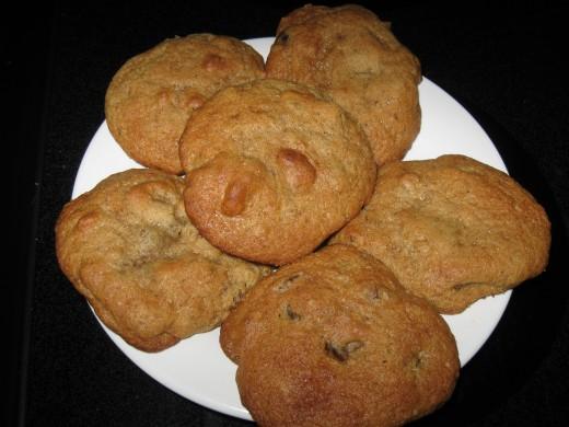 Sour Cream Date Drop Cookies